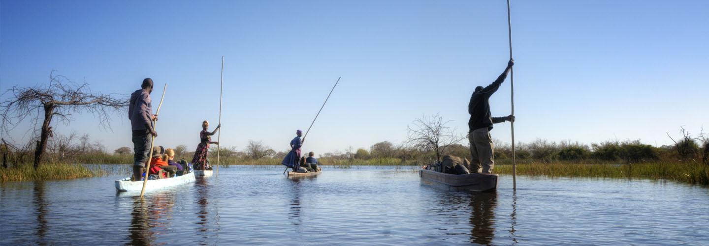 Boats on the Okavango Delta in Botswana © PlusONE / Shutterstock