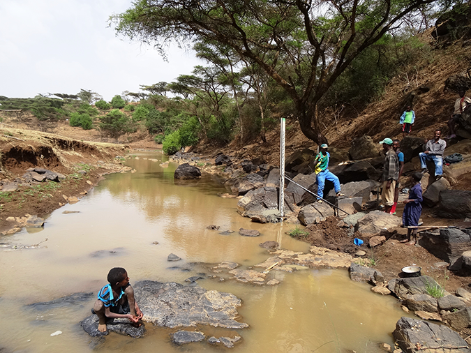 Community river monitoring in Dangila woreda, Ethopia © D. Walker, Newcastle University